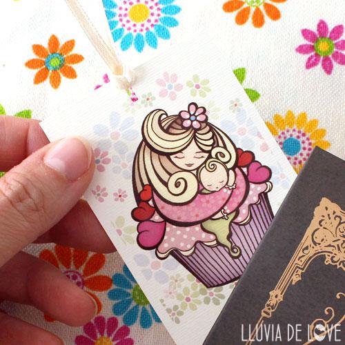 Marca páginas con una madre cupcake - MamiCake - Regalos económicos para madres. Regalos ilustrados en papel