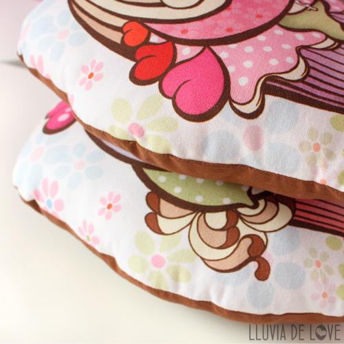 Regalos para madres. Cojines decorativos. Cojines handmade. Cojines hechos a mano.