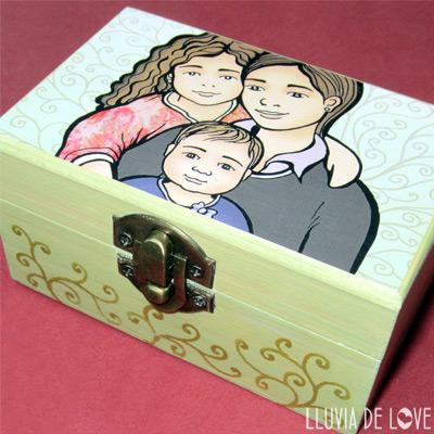 Ejemplo de cajas personalizadas de Lluvia de Love. Decoradas a mano artesanalmente.