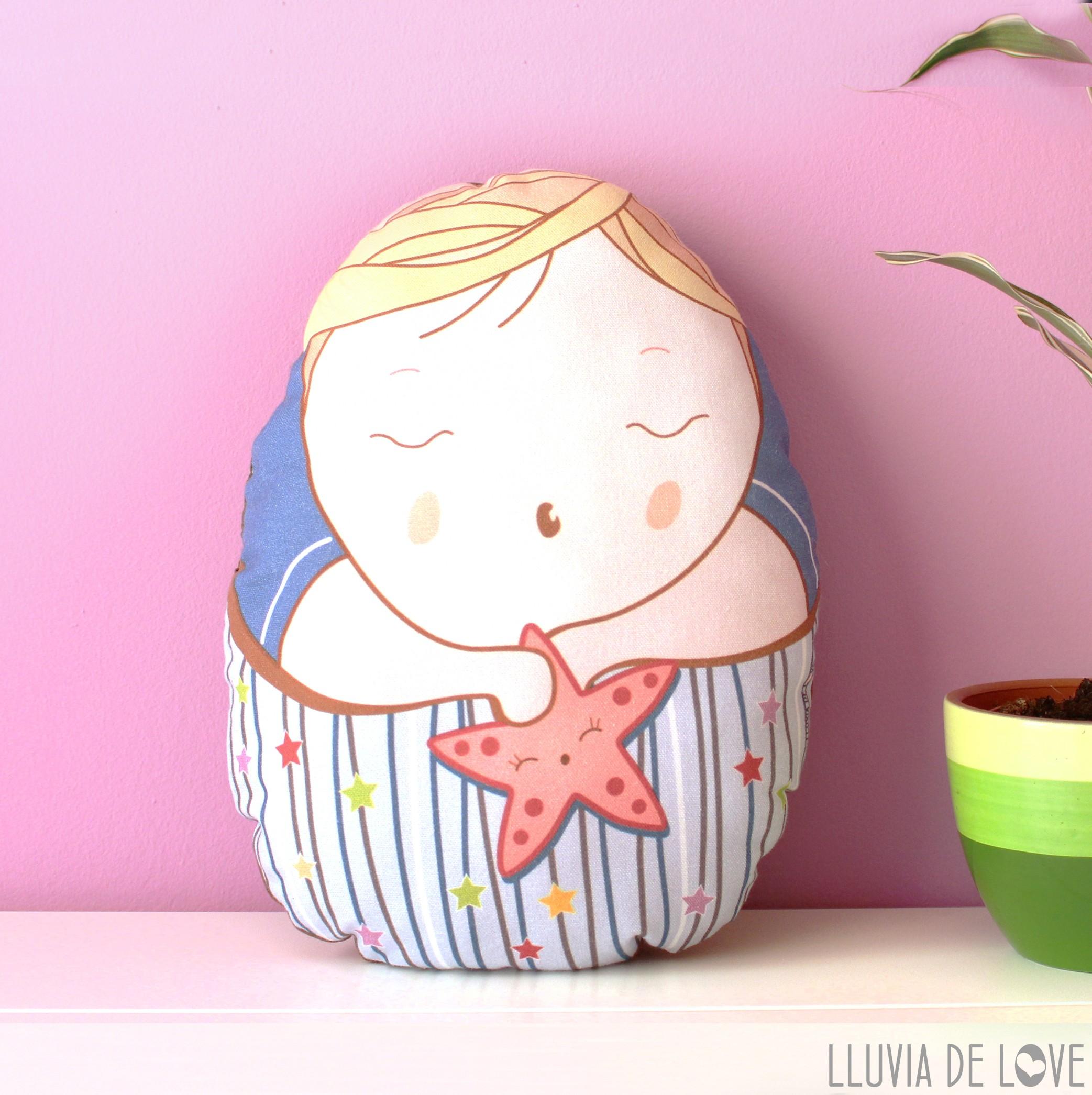 Cojín decorativo para la habitación de los niños y muñeco de tela Pepito Estrella. Regalos para niños muy pequeños. Para vincular al hermano mayor con su hermano pequeño.